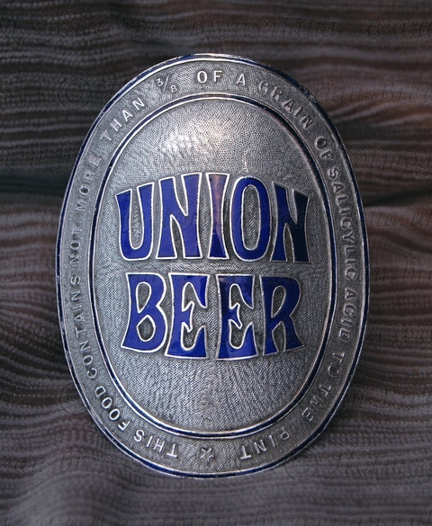 union-pump-clip